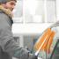 Щетка со скребком Fiskars SnowXpert™